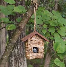 Hanging Grass Birdhouse with Wooden Roof