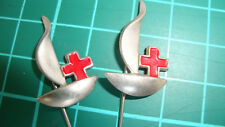 Rode Kruis Red Cross Netherlands speldje stick pin badge lapel 60's 2pcs