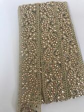 NINE METRES INDIAN GOLD CRYSTALS PAISLEYS PATTERN ON NET VINTAGE STYLE LACE TRIM