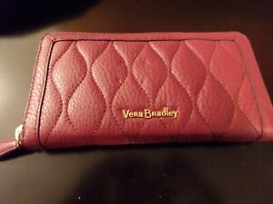 Vera Bradley NWT Quilted Leather Wallet