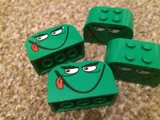LEGO GREEN Lot Bricks Monster Logo Sticker BLOCK Labels FAST FREE UK DELIVERY