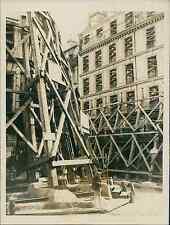 Paris, à Ménilmontant Vintage silver print Tirage argentique  13x18