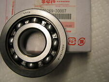 Suzuki GT750 nos  crankshaft bearing 72-77   09269-30007 gt750 main bearing