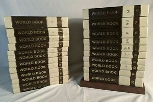 World Book Encyclopedia 1975 Complete Set 22 Volumes