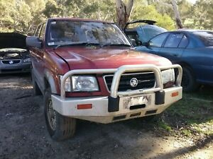 2000 holden jackaroo  seat bolt wrecking all parts available