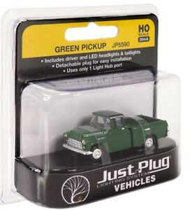 HO scale Woodland Scenics Just Plug Lighted Vehicle Green Pickup Truck JP5590