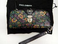 D&G Dolce Gabbana Multi Flower Kiss Lock Multi Organizer Clutch Wrist Wallet