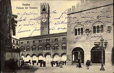 Treviso Italien Italia 1915 Palazzo dei Trecento Palast Markt Menschen Gebäude
