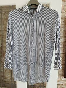 ZARA SIZE 14 - 16 L BLOUSE SHIRT TOP CHEESECLOTH LOOK, LONGER BACK WHITE BLUE...