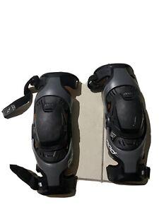 Pods K1 Knee Braces