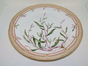 Royal Copenhagen Flora Danica Dinner Plate Antique from before 1894 No Reserve