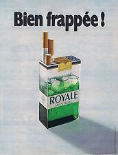 PUBLICITE ADVERTISING 064 1971 ROYALE MENTHOL cigarettes