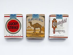 WW2 Replica US Cigarette Set - Lucky Strike Camel Chesterfield Props Display