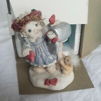 Dreamsicles Cherub Angel Figurine Girl Hearts Mail Box Card Special Delivery Box