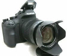 Fujifilm Fuji Finepix X-S1 digital camera *26x Zoom lens *made in Japan
