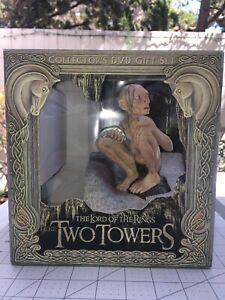 The Lord of the Rings: The Two Towers (No DVDs, Collectors Box) Gollum Statue