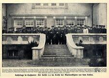 Kaisertage in Cuxhaven: Der Kaiser im Kreise der Marineoffiziere vor dem Casino