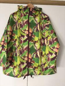 Gorman Rebekah Callaghan Maple Leaf   Size S M Current Season. Bnwt New Raincoat