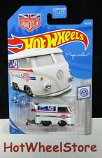 2019  Hot Wheels  White  VOLKSWAGEN  KOOL KOMBI     Card #136    HW56-072019