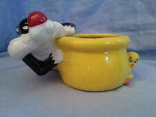 Warner Bros Loony Toons Sylvester Tweety Bird Planter Flower Pot Glass