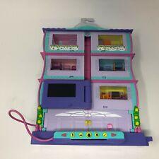 Mattel Pixel Chix Roomies House 2006 READ