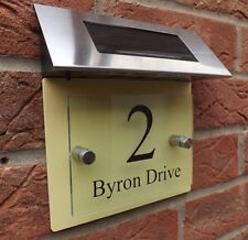 MODERN HOUSE SIGN PLAQUE DOOR NUMBER STREET GLASS ACRYLIC YELLOW SOLAR LIGHT