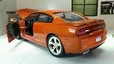 G LGB 1:24 Scale Dodge Charger R/T 2011 Motormax Orange  Diecast Model Car 73354