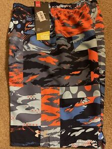 NWT Boys Under Armour Swim Shorts Size Medium