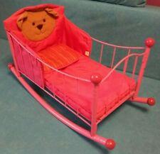 Puppenbett, Puppenwiege, Schaukelbett, rosa, aus Metall, sehr gut, 65 cm lang