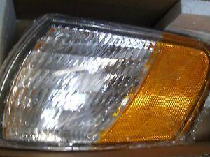 Brand New FR108-U000L Eagle Eyes 331-1516L-US Lamp Side Marker Left