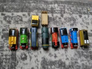 THOMAS THE TRAIN MOTORIZED TRACKMASTER BATTERY OPERATED TRAINS & CARS LOT OF 8