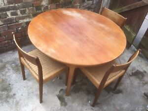 Round Fold Out Leaf Dining Table And Chairs, Extendable Wooden Teak Danish Style
