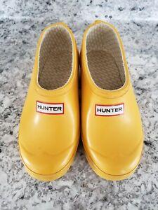 Hunter Rain Boot Clogs, Kids Size 1M/2F Slip on Yellow Rubber Clogs