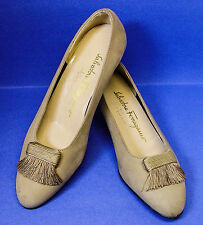 """SALVATORE FERRAGAMO MADE IN ITALY 5.5 B SUEDE LEATHER 1.5"""" HEELS PUMPS SHOES"""