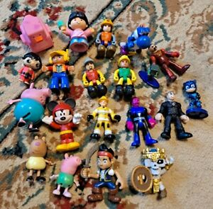Lot of 20 Mixed Small Action Figures peppa Pig PJ Masks Imaginext