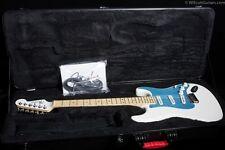 Fender Dealer Event American Deluxe Stratocaster Snow White (018)