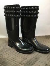 Burberry Black Rubber Rainboots Medallion embellished size 38