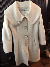 TRINA TURK WOOL WINTER WHITE COAT EXCELLENT COND size 4