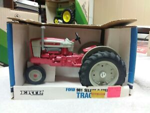 Vintage 1988 ERTL Ford 981 Select-O-Speed Tractor, 1:16 Scale, NIB