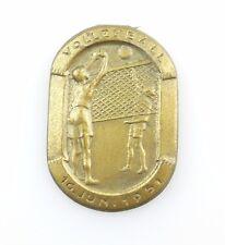 #e8210 vieja insignia de RDA: voleibol 16. de junio de 1951