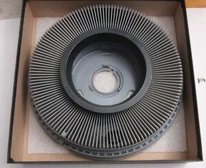 Kodak Carousel Slide Tray Holds 140 with Lock Ring 104-6044 w/Box - USED DTC