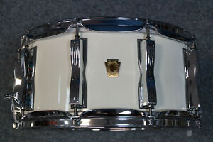 """Ludwig USA Classic Maple Snaredrum in """"Arctic White"""" 14x6,5"""""""