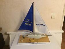 Grand maquette de bateau Voilier ,Présentoir de parfum pour homme