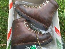 Scarpa Vacchetta Taglia 41 vintage in pelle in scatola Mountain BOOTS ASOLO