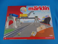 Marklin 72205 LOADING STATION with Crane    MY WORLD