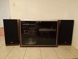 Vintage AWA 1970s stereo turntable radio w/speakers