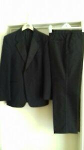 "Mens 38R Tuxedo Suit Black Dinner Evening Jacket. Trousers Length 30"" Waist 35"""