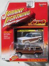2016 Johnny Lightning *MUSCLE CARS USA R1A* Gold 1969 Dodge Cornet R//T