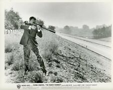FRANK SINATRA THE NAKED RUNNER 1967 VINTAGE PHOTO ORIGINAL #2