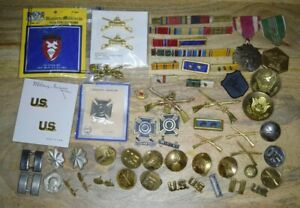 Vintage Estate Lot of U.S. Army Military buttons pins badges medals rank WWII?
